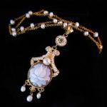 001060011 Collar Camafeo Flor y Aljofares